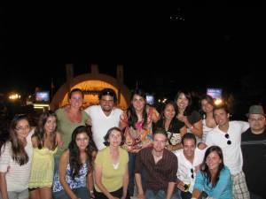 From left to right: Rita - Lithuania, Carlos - Guatamala, Viviana - Argentina, Sitala - Thailand, Manami - Japan, Vanessa - Brazil, Mikael - France, Rodrigo - Brazil